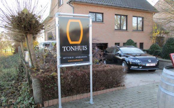 Tonhuis-frame